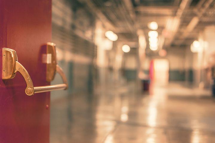 Due approcci di Walk-in/SST a confronto: l'Eastside Family Center (EFC) e il South Calgary Health Center (SCHC)